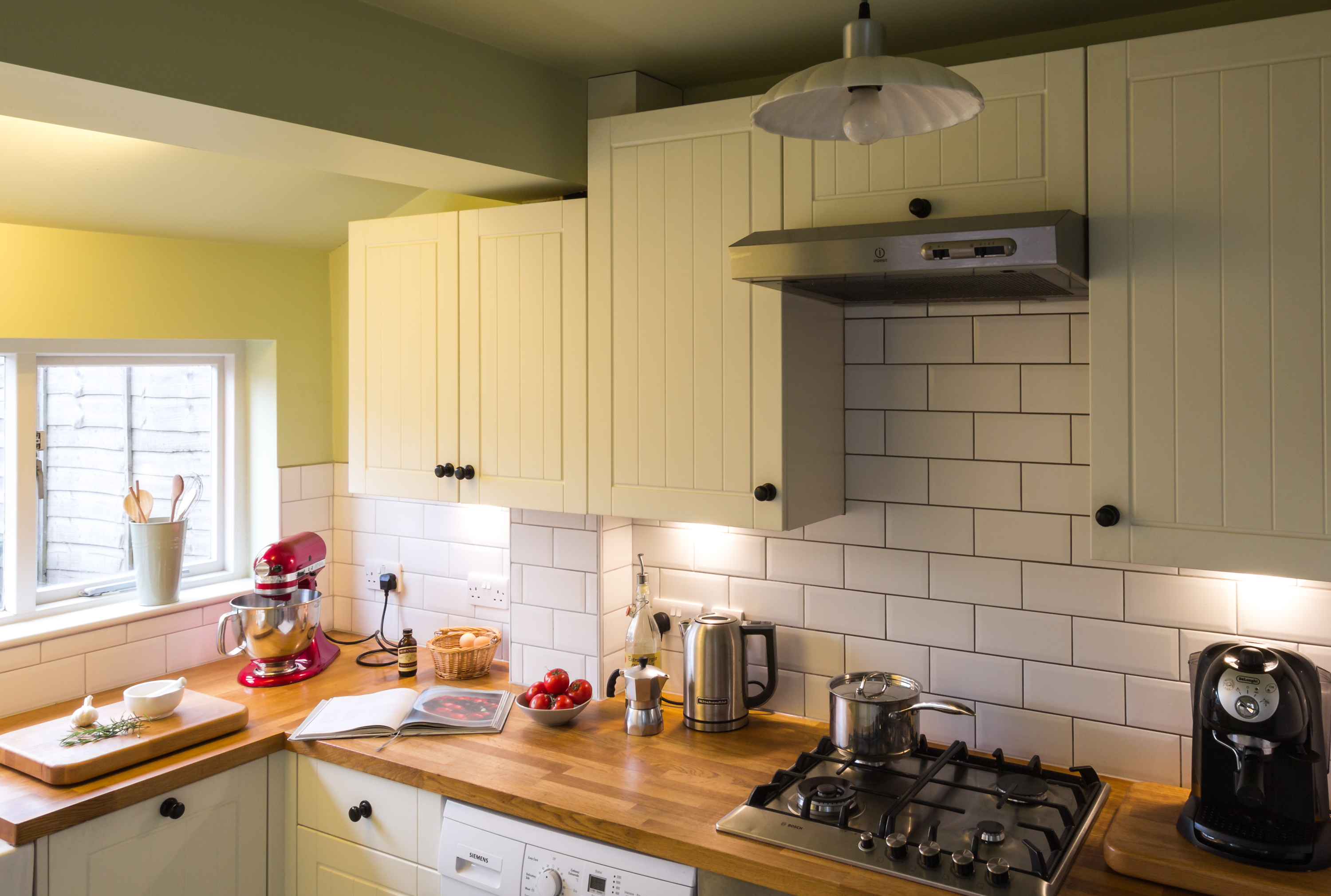 Kitchen Tiles Ideas Pictures Cream Units fine white kitchen units wood worktop with wooden worktops l on