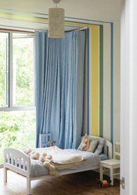 Wall: Wimborne White® No.239, Babouche® No.223, Calke Green® No.34 & Cook's Blue® No.237 Modern Emulsion. All Farrow & Ball.