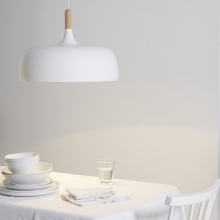 The White Company - Acorn pendant