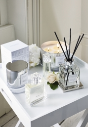 The White Company - candles and home fragrances